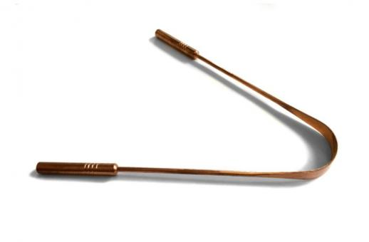 Zungenreiniger aus Kupfer mit Griff